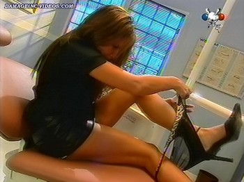 Florencia Peña hot legs with no panties video