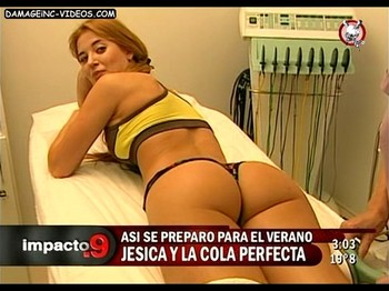 Jesica Cirio ass up in tiny thong